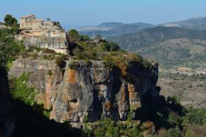 Siurana, the Serra de Montsant  hiking trails Spain