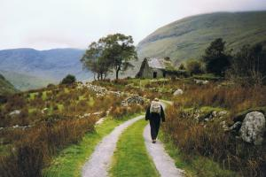 "Black valley, de Kerry-way, een ""boreen"", Ierland wandelroutes"