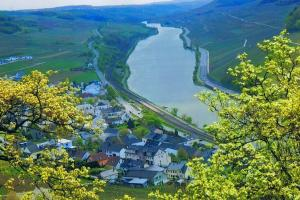 Moselle Saar area Germany hiking trails