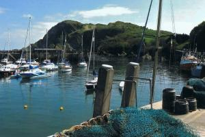 One of the little harbors you'll meet, hiking trails England, south west coast path