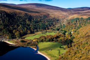 Lough Tay Ireland hiking trails Wicklow way