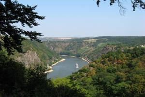 View Rheinsteig hiking trails along the Rhine Germany